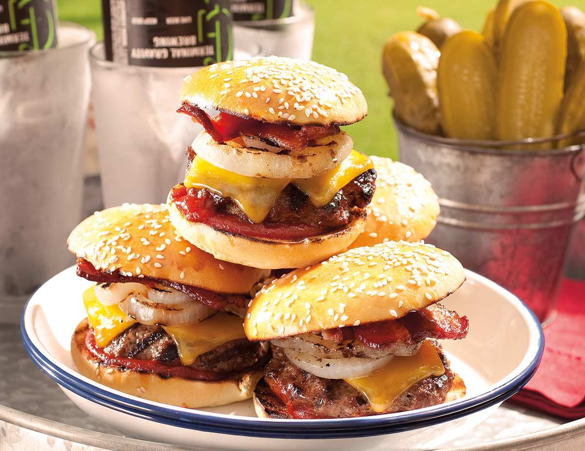 Barbecue-Bacon-Cheddar-Sliders
