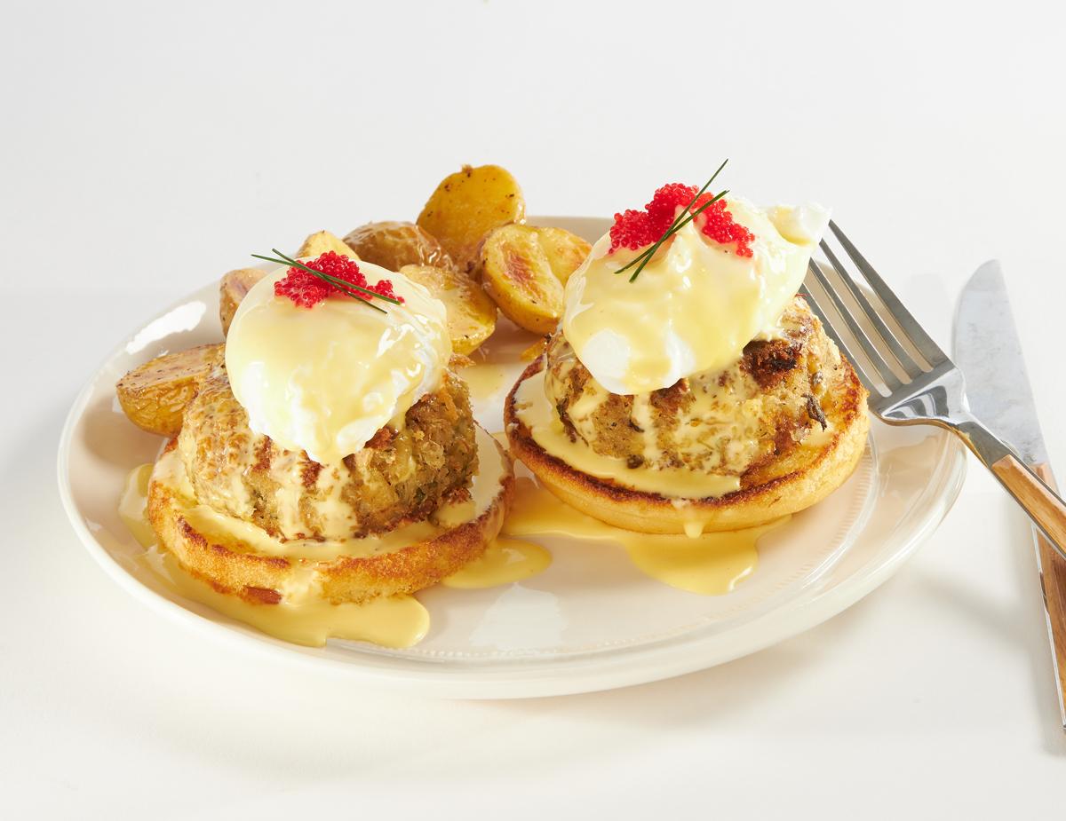 Crab-Cakes-Benedict