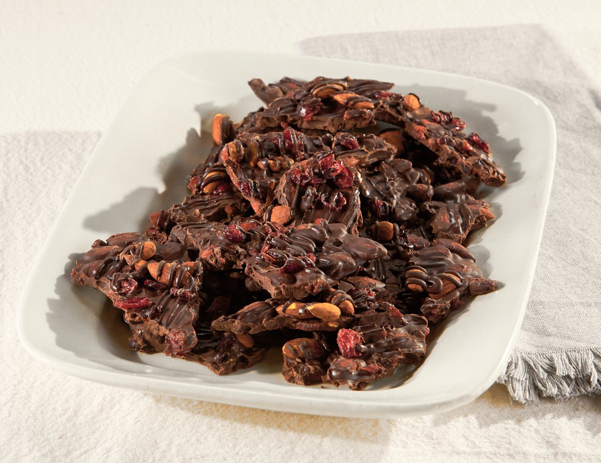 Cranberry-Almond-Chocolate-Bark
