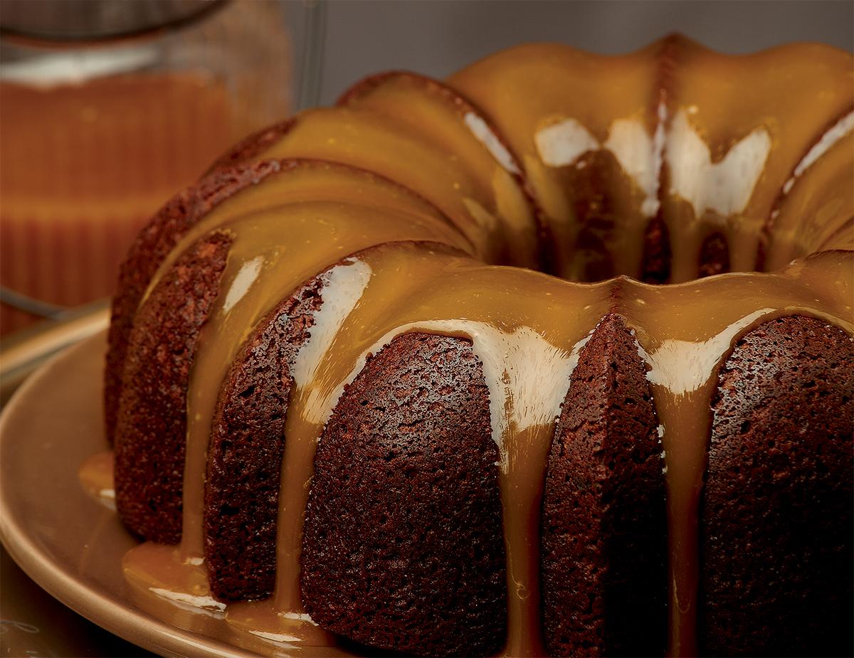 Date Cake Caramel Burbon